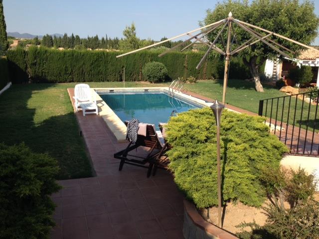Piscina chalet para vivir en Montecolorado