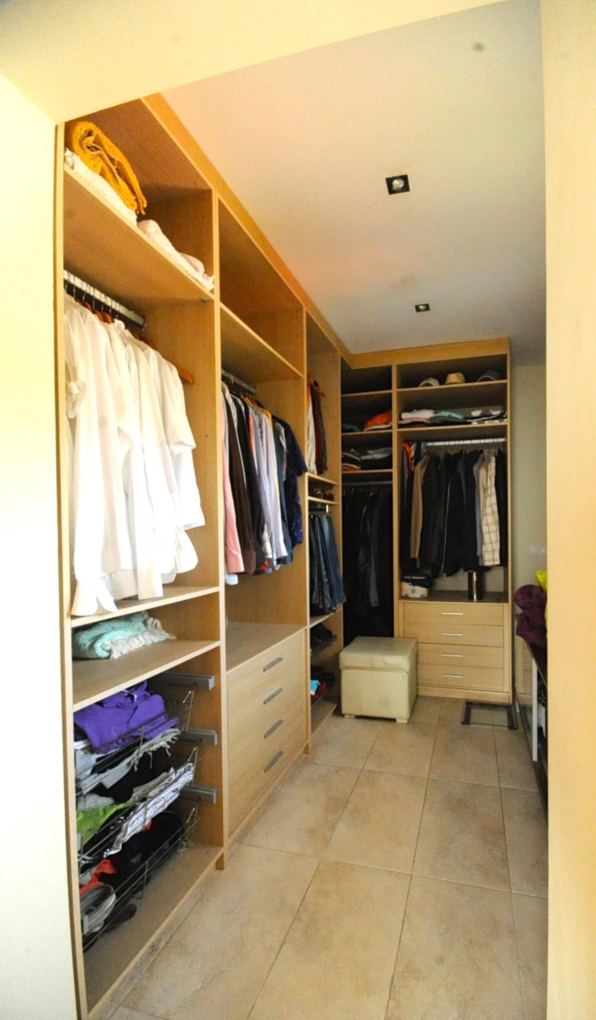 vestidor chalet moderno la eliana valencia