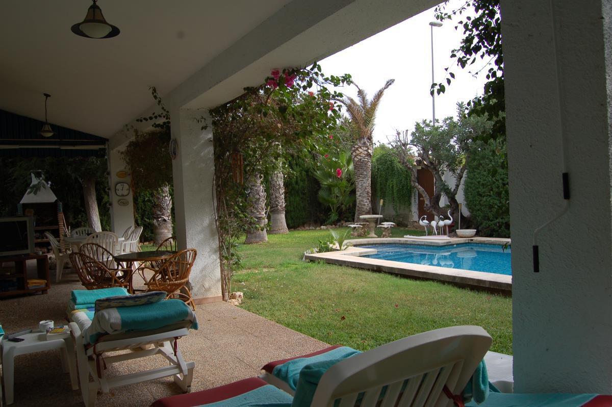 Terraza cubierta oportunidad de chalet en La Eliana