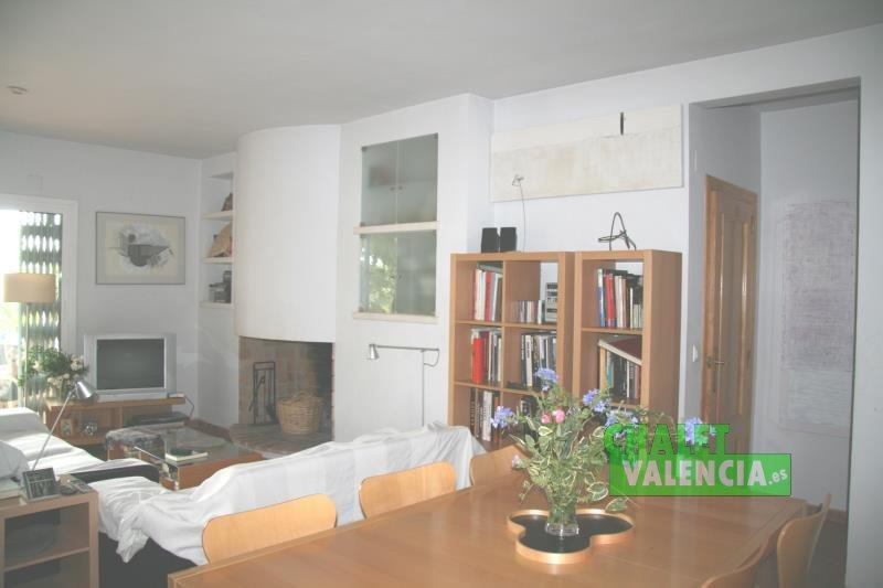 Living room with fireplace villa in L'Eliana Valencia