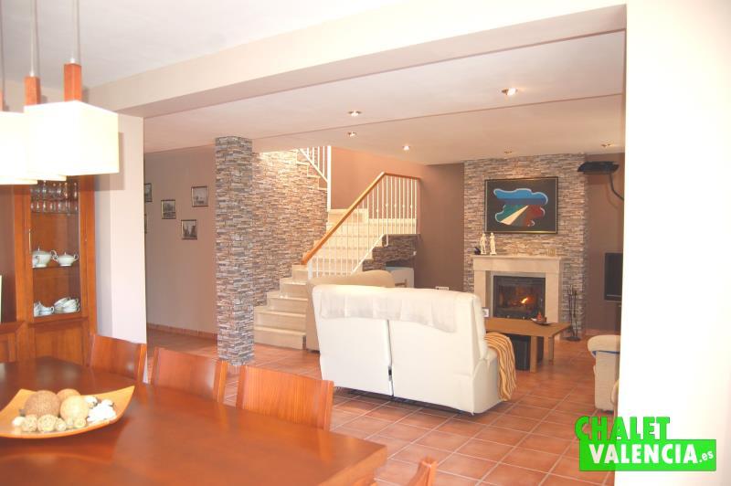 Salón, escaleras, pasillo, planta, Montesol, La ELiana