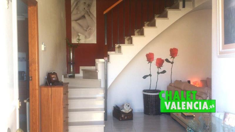 Hall recibidor chalet Nova Maravisa