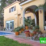 Villa à la Eliana dans le quartier de El Paraiso