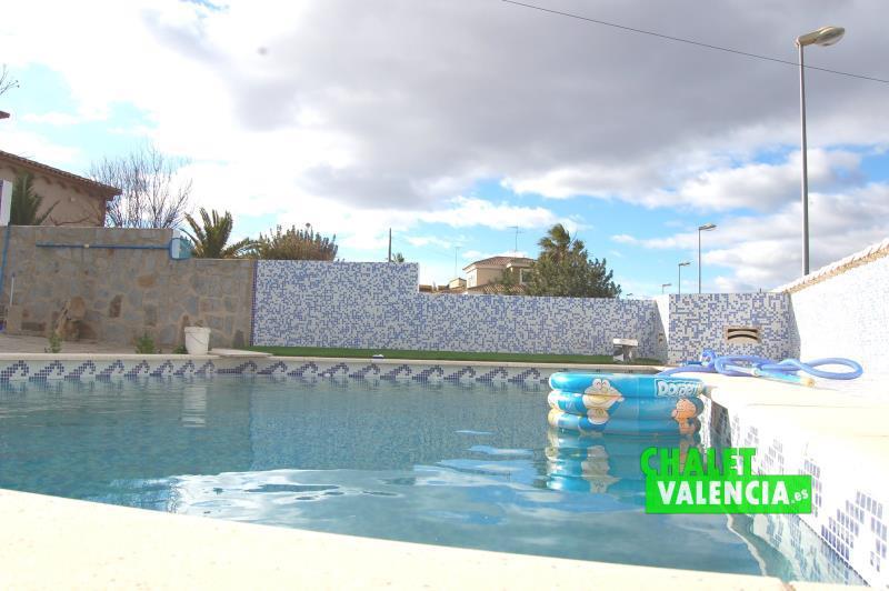 Piscina Sima urbanización Pobla Valencia