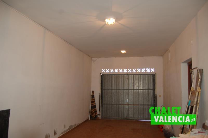 Garaje para vehículos o posible despacho