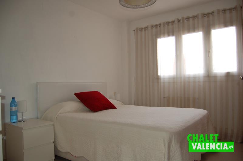 Habitación principal chalet La Puebla Vallbona Valencia