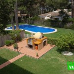 Chalet pareado ideal con piscina comunitaria en La Cañada