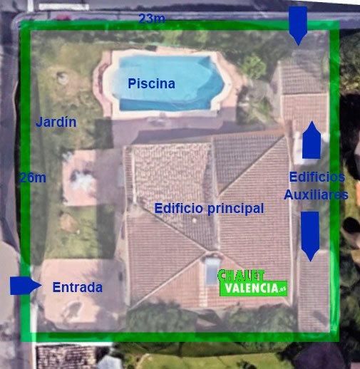 Vista aérea chalet independiente urbanización Maravisa