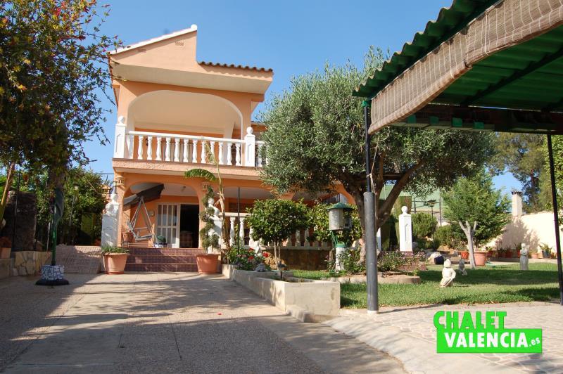 Entrada chalet para verano Pobla Vallbona Valencia