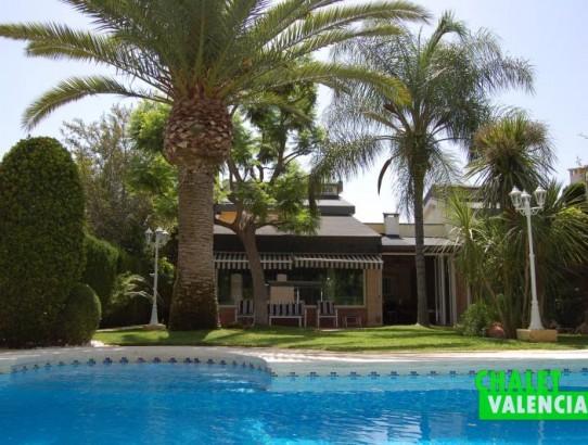 Espectacular chalet pareado con privacidad total La Eliana Valencia