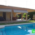 Charming villa in Montealcedo near Valencia