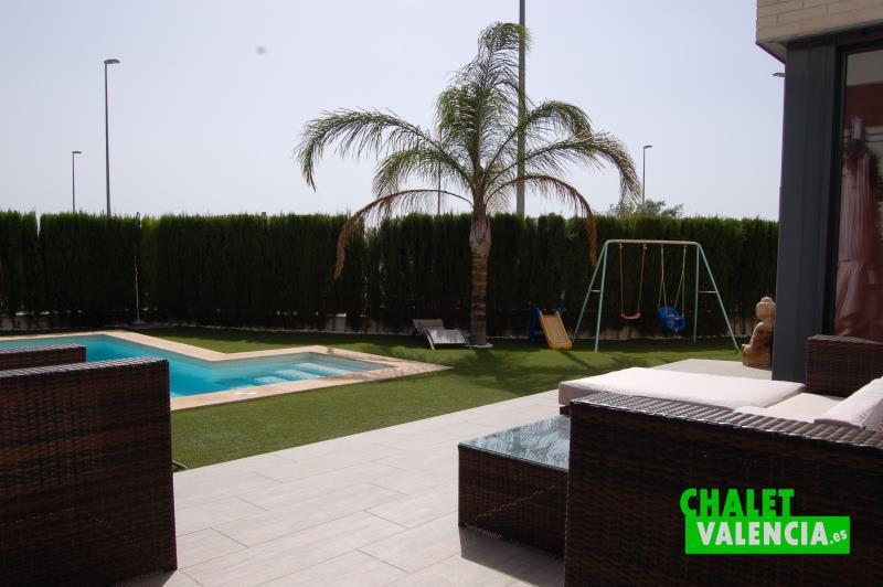 Terraza chalet estilo moderno San Antonio Valencia