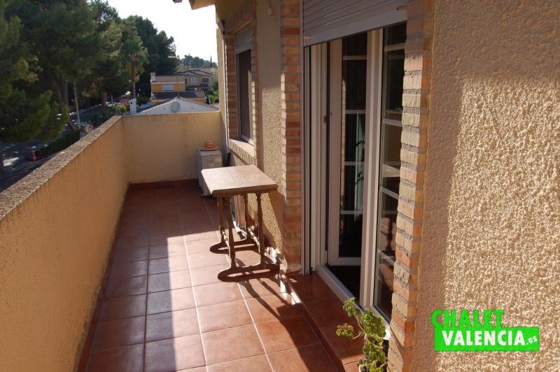 G6331-habitacion-4-terraza-chalet-montealcedo-valencia
