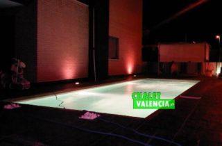 G6335-piscina-nocturna-chalet-lujo-valencia