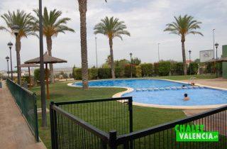 G6335-zona-club-social-piscinas-chalet-lujo-valencia