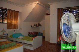 G6553-habitacion-3-chalet-Valencia