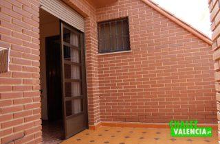 G6553-habitacion-principal-terraza-chalet-Valencia