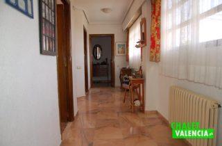 G6553-pasillo-habitaciones-chalet-Valencia