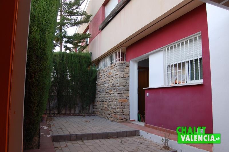 oportunidad chalet moderno pareado zona Montecolorado