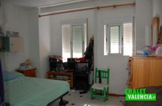 G6953-habitacion-planta-1-cheste-chalet-Valencia
