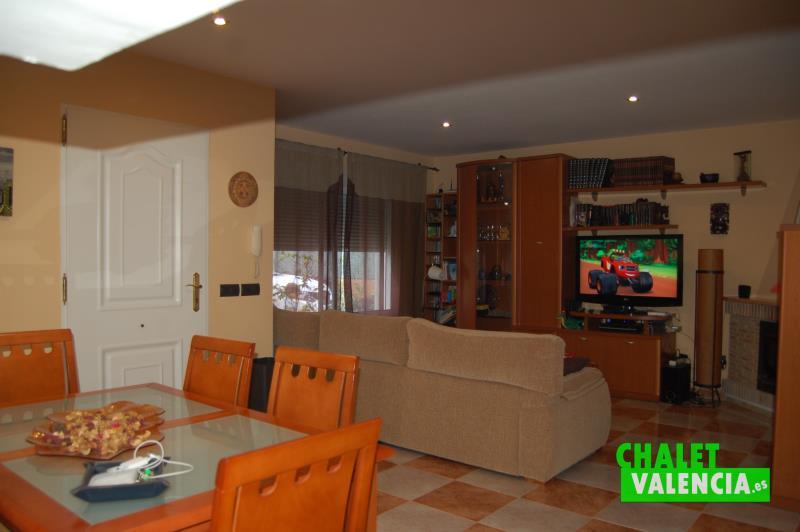 Salón comedor urbanización Maquiva La Pobla de Vallbona