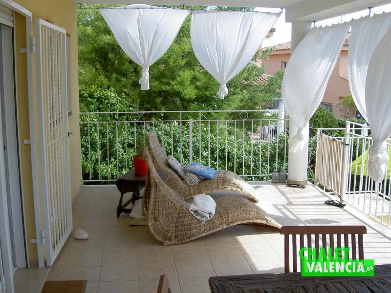 terraza-cocina-2-penyes-maravisa-chalet-valencia