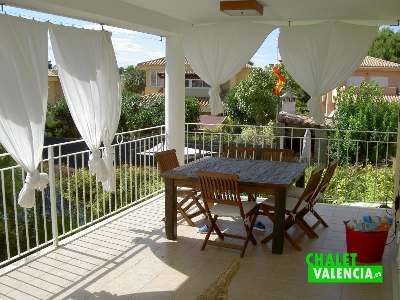 terraza-cocina-penyes-maravisa-chalet-valencia