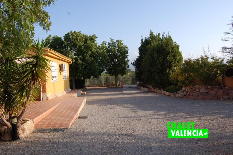 Entrada chalet en el campo cerca de Valencia