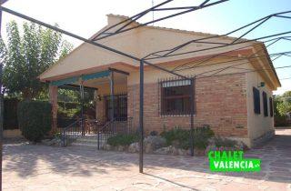entrada-3-entrepinos-chalet-valencia