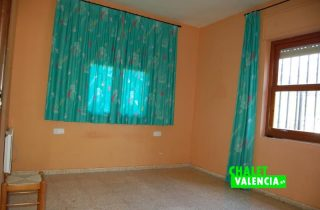 habitacion-4-entrepinos-chalet-valencia
