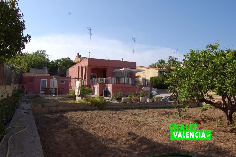 Huerto auto cultivo chalet Valencia