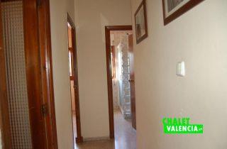 pasillo-1-entrepinos-chalet-valencia
