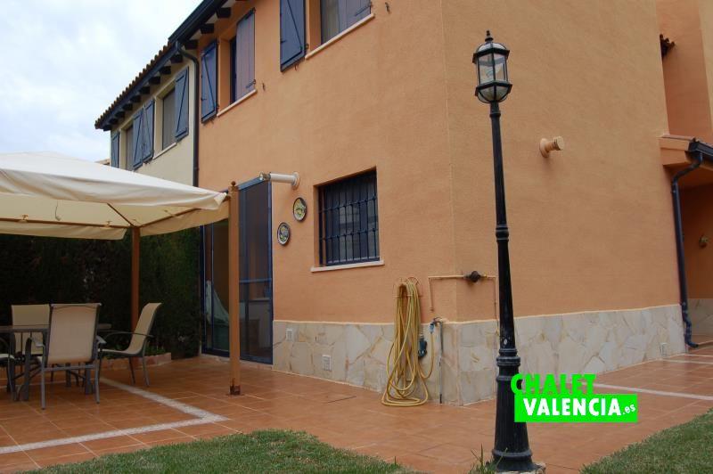 chalet pareado masia de traver valencia