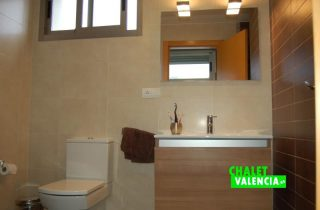 g8448-bano-suite-4-chalet-valencia-betera