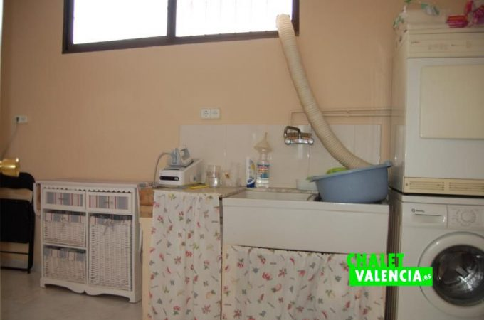 g8769-lavadero-chalet-valencia