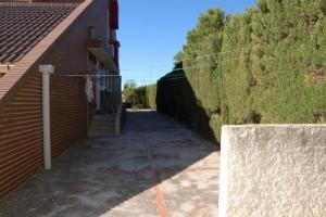 g9134-entrada-norte-cocina-2-chalet-valencia