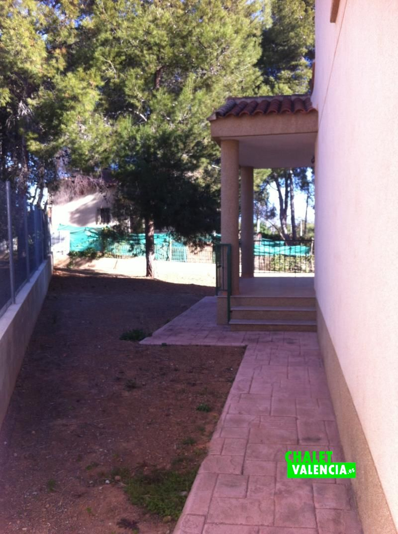 g9190-lateral-1-chalet-valencia