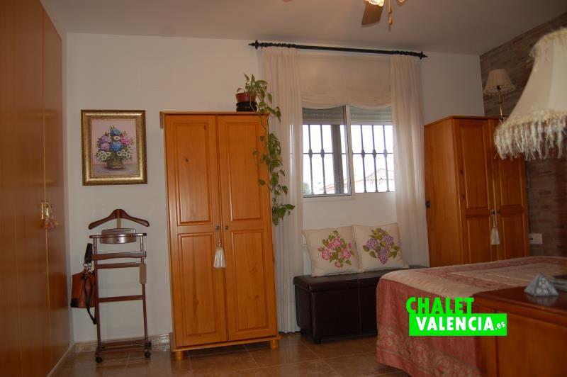 2 habitaciones y baño en primera planta