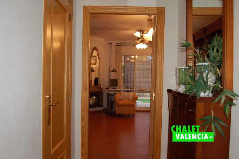 g9325-pasillo-recibidor-2-chalet-valencia