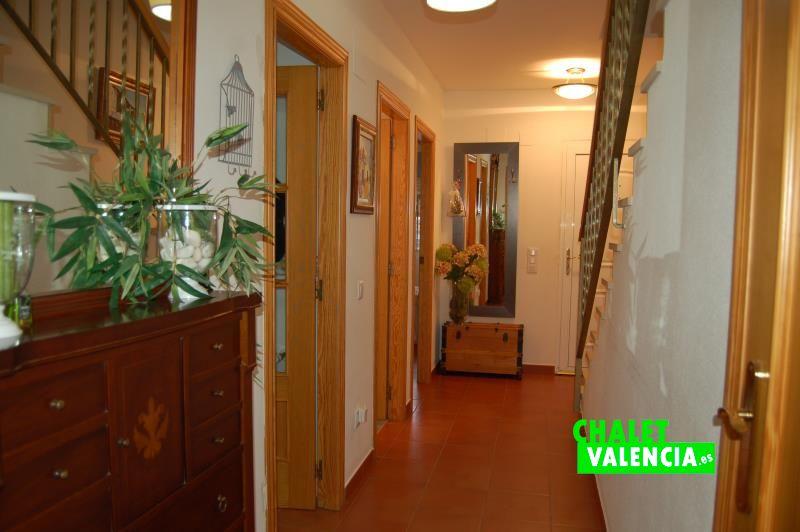 g9325-pasillo-recibidor-chalet-valencia