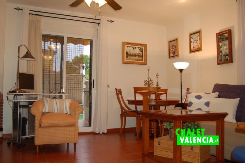 Salón comedor chalet pareado Nova Maravisa