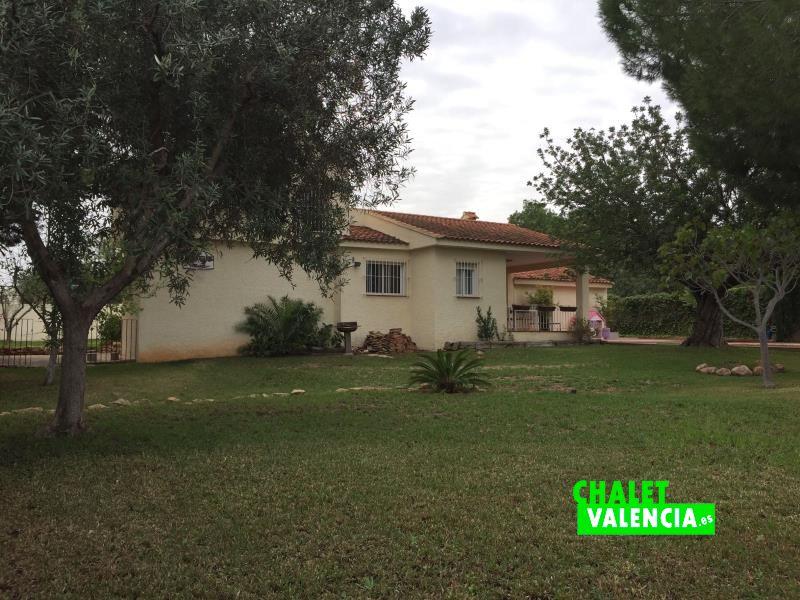 Jardín chalet ideal relax y deporte cerca de Valencia