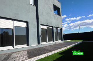 9680-exterior-fachada-entrada-2-obra-nueva-chalet-valencia