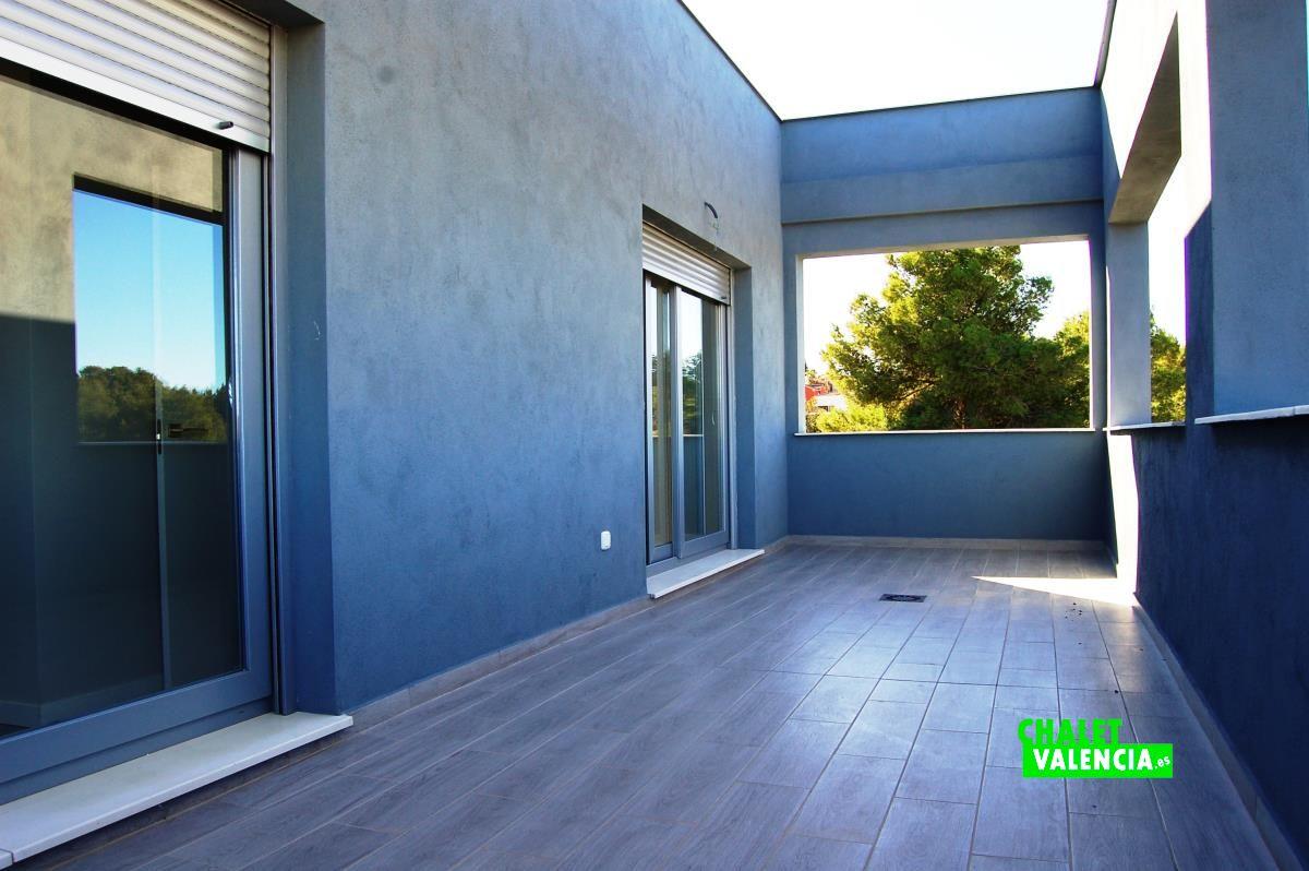 Chalet de obra nueva con diseño moderno en Bétera - Chalet Valencia