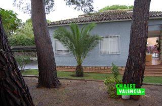 g9538-jardin-pinada-sur-chalet-valencia