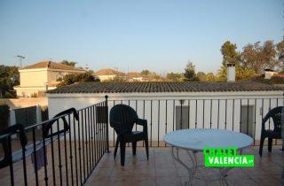 g9788-terraza-cocina-vistas-chalet-valencia