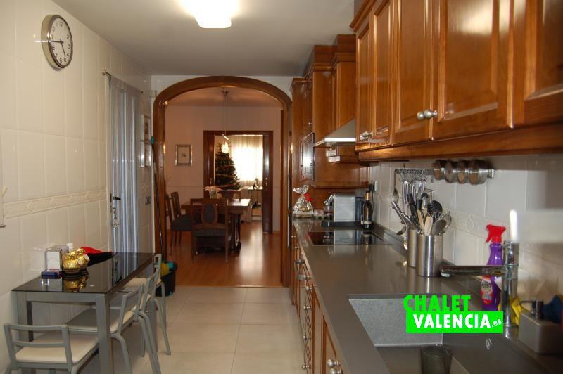 Cocina - comedor - Chalet Valencia