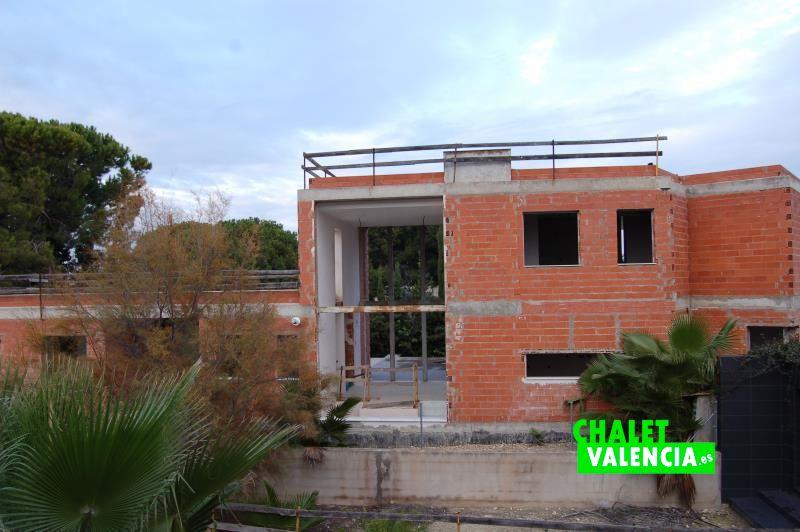 Vista chalet en construcción Hendaya La Eliana