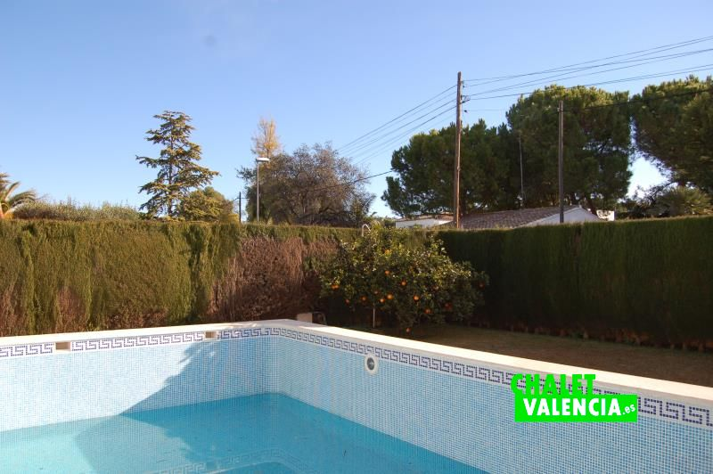 G10788-piscina-2-chalet-valencia