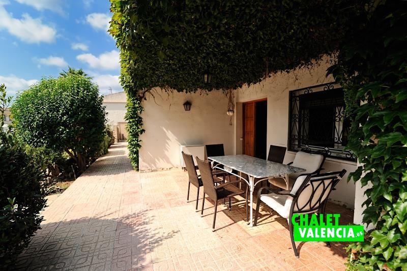 g9962-porche-entrada-chalet-valencia